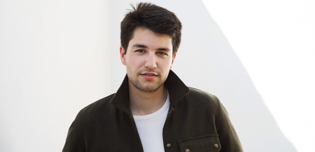 Christos Floros is a European actor from Greece and Luxembourg. Christos sounds naturally English having lived most of his adult life in London, but still feels Greek and Luxembourgish.